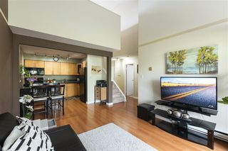 "Photo 3: 220 1202 LONDON Street in New Westminster: West End NW Condo for sale in ""LONDON PLACE"" : MLS®# R2505232"