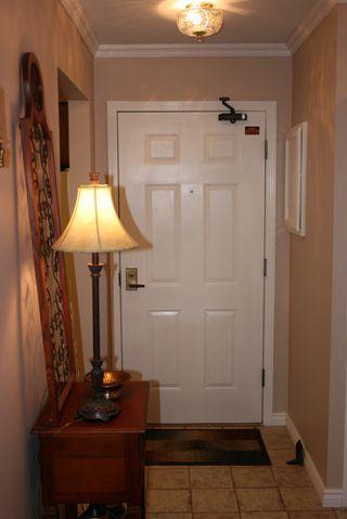 Photo 13: 412 1350 Vidal Street in White Rock BC V4B 5G6: Home for sale : MLS®# R2063800