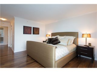 "Photo 13: # 3002 1199 MARINASIDE CR in Vancouver: Yaletown Condo for sale in ""Aquarius Mews"" (Vancouver West)  : MLS®# V1029094"