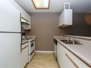 """Photo 5: 101 20881 56TH Avenue in Langley: Langley City Condo for sale in """"ROBERTS COURT"""" : MLS®# F1322698"""