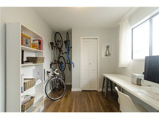 Photo 9: 215 BALMORAL Place in Port Moody: North Shore Pt Moody Townhouse for sale : MLS®# V1055282