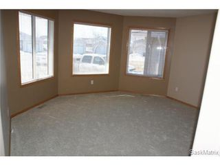 Photo 9: 1554 DEWDNEY Bay in Regina: East Pointe Estates Condominium for sale (Regina Area 04)  : MLS®# 492281