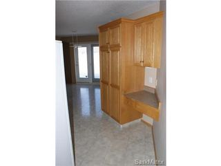 Photo 6: 1554 DEWDNEY Bay in Regina: East Pointe Estates Condominium for sale (Regina Area 04)  : MLS®# 492281