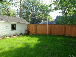 Photo 2: 273 Overdale Street in WINNIPEG: St James Residential for sale (West Winnipeg)  : MLS®# 1409291