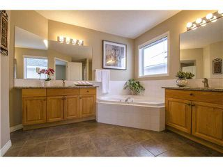 Photo 10: 1453 STRATHCONA Drive SW in Calgary: Strathcona Park Residential Detached Single Family for sale : MLS®# C3635418