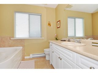 Photo 9: 8 MOSSOM CREEK Drive in Port Moody: North Shore Pt Moody House 1/2 Duplex for sale : MLS®# V1104337
