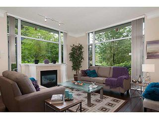 """Main Photo: 109 4759 VALLEY Drive in Vancouver: Quilchena Condo for sale in """"MARGUERITE HOUSE"""" (Vancouver West)  : MLS®# V1105399"""