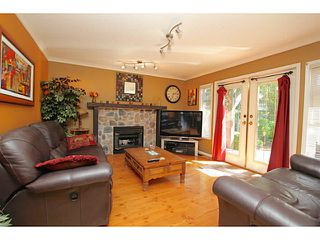 Photo 2: 16140 14B Avenue in Surrey: King George Corridor House for sale (South Surrey White Rock)  : MLS®# F1441983