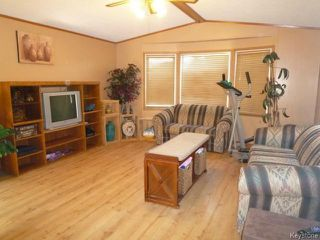 Photo 2: 15 KUHARSKI Crescent in STCLEMENT: East Selkirk / Libau / Garson Residential for sale (Winnipeg area)  : MLS®# 1514753