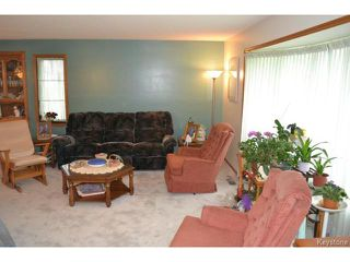 Photo 3: 643 Isbister Street in WINNIPEG: Westwood / Crestview Residential for sale (West Winnipeg)  : MLS®# 1515620