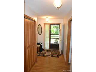 Photo 6: 643 Isbister Street in WINNIPEG: Westwood / Crestview Residential for sale (West Winnipeg)  : MLS®# 1515620