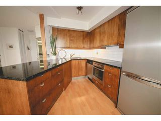 """Photo 2: 1001 4691 W 10TH Avenue in Vancouver: Point Grey Condo for sale in """"WESTGATE"""" (Vancouver West)  : MLS®# V1133586"""