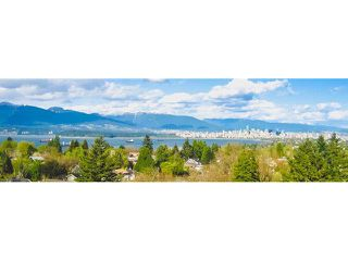 """Photo 1: 1001 4691 W 10TH Avenue in Vancouver: Point Grey Condo for sale in """"WESTGATE"""" (Vancouver West)  : MLS®# V1133586"""
