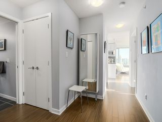 Photo 5: 2305 689 ABBOTT Street in Vancouver: Downtown VW Condo for sale (Vancouver West)  : MLS®# R2014784