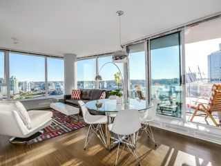 Photo 6: 2305 689 ABBOTT Street in Vancouver: Downtown VW Condo for sale (Vancouver West)  : MLS®# R2014784