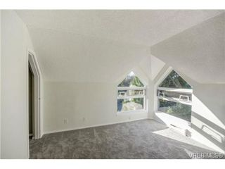 Photo 12: 403 2710 Grosvenor Rd in VICTORIA: Vi Oaklands Condo Apartment for sale (Victoria)  : MLS®# 717135