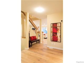 Photo 11: 121 Larry Vickar Drive West in Winnipeg: Transcona Residential for sale (North East Winnipeg)  : MLS®# 1604905