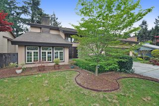 Photo 1: 32722 BELLVUE Crescent in Abbotsford: Abbotsford West House for sale : MLS®# R2057853
