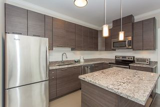 """Photo 5: 401 7377 14TH Avenue in Burnaby: Edmonds BE Condo for sale in """"VIBE"""" (Burnaby East)  : MLS®# R2089853"""