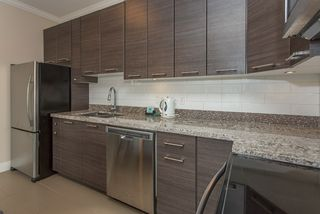"""Photo 7: 401 7377 14TH Avenue in Burnaby: Edmonds BE Condo for sale in """"VIBE"""" (Burnaby East)  : MLS®# R2089853"""
