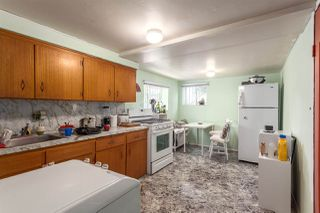 Photo 15: 1546 E 10TH Avenue in Vancouver: Grandview VE House for sale (Vancouver East)  : MLS®# R2101358