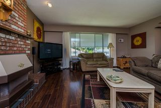 Photo 3: 2610 BIRCH Street in Abbotsford: Central Abbotsford House for sale : MLS®# R2101238