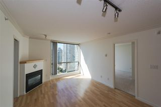 "Photo 4: 1405 928 RICHARDS Street in Vancouver: Yaletown Condo for sale in ""SAVOY"" (Vancouver West)  : MLS®# R2107849"