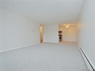 Photo 9: 212 2100 Granite Street in VICTORIA: OB South Oak Bay Condo Apartment for sale (Oak Bay)  : MLS®# 374766