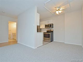 Photo 7: 212 2100 Granite Street in VICTORIA: OB South Oak Bay Condo Apartment for sale (Oak Bay)  : MLS®# 374766
