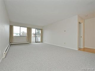 Photo 2: 212 2100 Granite Street in VICTORIA: OB South Oak Bay Condo Apartment for sale (Oak Bay)  : MLS®# 374766