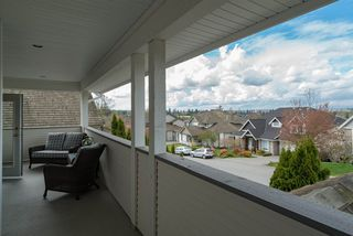 """Photo 5: 21652 47A Avenue in Langley: Murrayville House for sale in """"MURRAYVILLE"""" : MLS®# R2157676"""