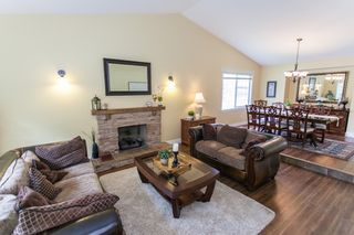 """Photo 5: 6244 E BOUNDARY Drive in Surrey: Panorama Ridge House for sale in """"BOUNDARY PARK"""" : MLS®# R2160293"""
