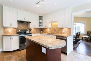 """Photo 2: 6244 E BOUNDARY Drive in Surrey: Panorama Ridge House for sale in """"BOUNDARY PARK"""" : MLS®# R2160293"""