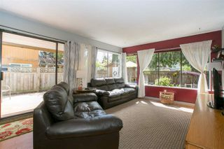 Photo 8: 886 PINEBROOK Place in Coquitlam: Meadow Brook House for sale : MLS®# R2164345