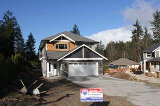 Photo 1: 65917 PINE Crescent in Hope: Hope Kawkawa Lake House for sale : MLS®# R2166758