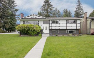 Photo 1: 1189 BRISBANE Avenue in Coquitlam: Harbour Chines House for sale : MLS®# R2169105