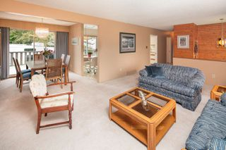 Photo 5: 1189 BRISBANE Avenue in Coquitlam: Harbour Chines House for sale : MLS®# R2169105