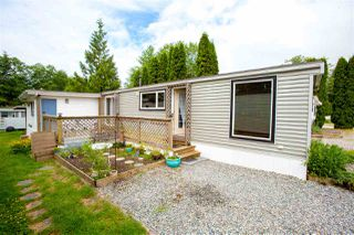 "Photo 2: 68 1413 SUNSHINE COAST Highway in Gibsons: Gibsons & Area Manufactured Home for sale in ""THE POPLARS"" (Sunshine Coast)  : MLS®# R2172133"