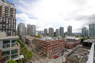 "Photo 12: 305 1133 HOMER Street in Vancouver: Yaletown Condo for sale in ""H&H"" (Vancouver West)  : MLS®# R2183596"