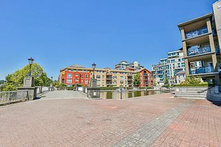 "Photo 19: 324 10 RENAISSANCE Square in New Westminster: Quay Condo for sale in ""MURANO LOFTS"" : MLS®# R2186275"