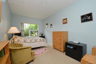 Photo 10: 105 1485 Garnet Rd in VICTORIA: SE Cedar Hill Condo Apartment for sale (Saanich East)  : MLS®# 768684