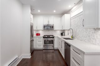 """Photo 7: 331 E 7TH Avenue in Vancouver: Mount Pleasant VE Townhouse for sale in """"ESSENCE"""" (Vancouver East)  : MLS®# R2201974"""