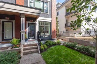 """Photo 3: 331 E 7TH Avenue in Vancouver: Mount Pleasant VE Townhouse for sale in """"ESSENCE"""" (Vancouver East)  : MLS®# R2201974"""