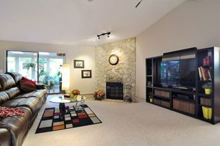 "Photo 3: 1129 CORNWALL Drive in Port Coquitlam: Lincoln Park PQ House for sale in ""LINCOLN PARK"" : MLS®# R2205146"