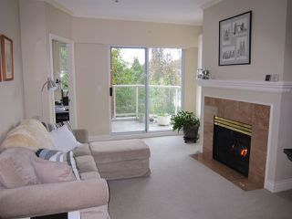 "Photo 3: 303 3621 W 26TH Avenue in Vancouver: Dunbar Condo for sale in ""DUNBAR HOUSE"" (Vancouver West)  : MLS®# R2214575"