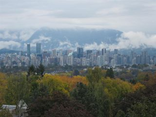 """Photo 18: 303 3621 W 26TH Avenue in Vancouver: Dunbar Condo for sale in """"DUNBAR HOUSE"""" (Vancouver West)  : MLS®# R2214575"""