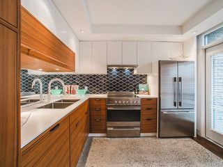 """Photo 4: 1608 CYPRESS Street in Vancouver: Kitsilano Townhouse for sale in """"YORKVILLE NORTH"""" (Vancouver West)  : MLS®# R2222005"""