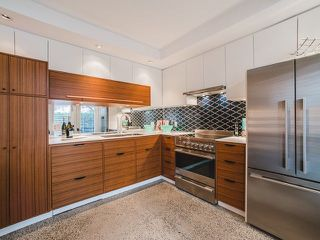 """Photo 2: 1608 CYPRESS Street in Vancouver: Kitsilano Townhouse for sale in """"YORKVILLE NORTH"""" (Vancouver West)  : MLS®# R2222005"""