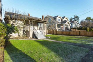 Photo 1: 2525 W 8TH Avenue in Vancouver: Kitsilano House for sale (Vancouver West)  : MLS®# R2232321