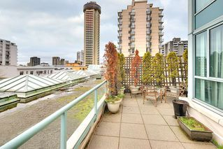 "Photo 1: 301 789 JERVIS Street in Vancouver: West End VW Condo for sale in ""JERVIS COURT"" (Vancouver West)  : MLS®# R2236913"